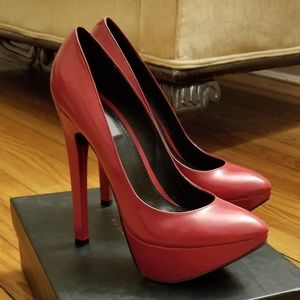 Mia Limited Edition heels